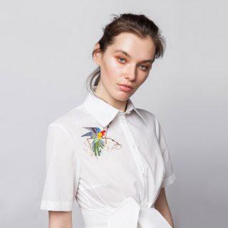 Украсить блузку вышивкой