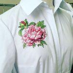 Как украсить блузку вышивкой?