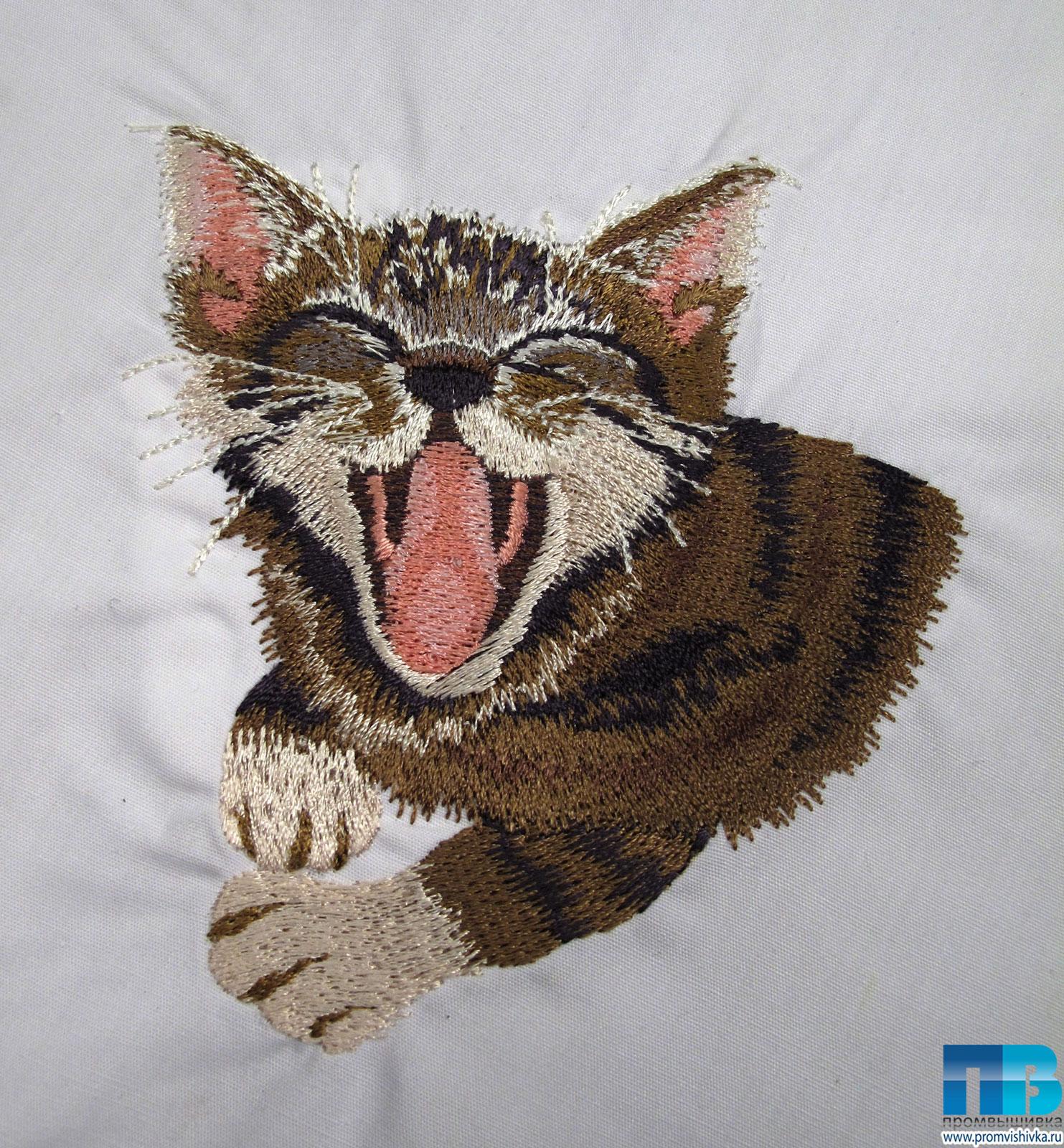 Вышивка лентами котов