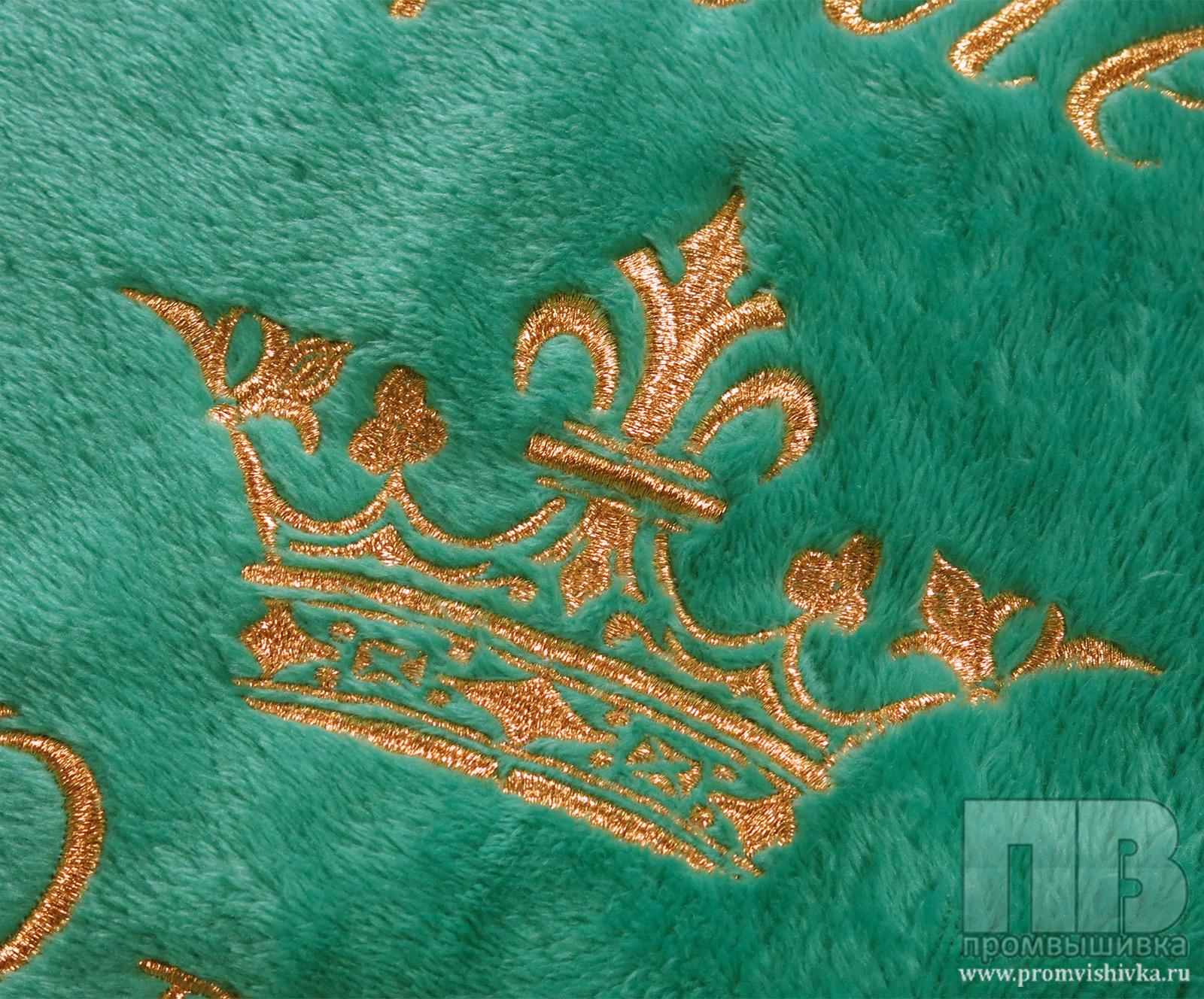 Компьютерная вышивка короны