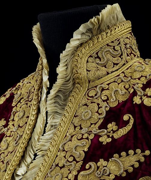В XV веке золотое шитьё стали