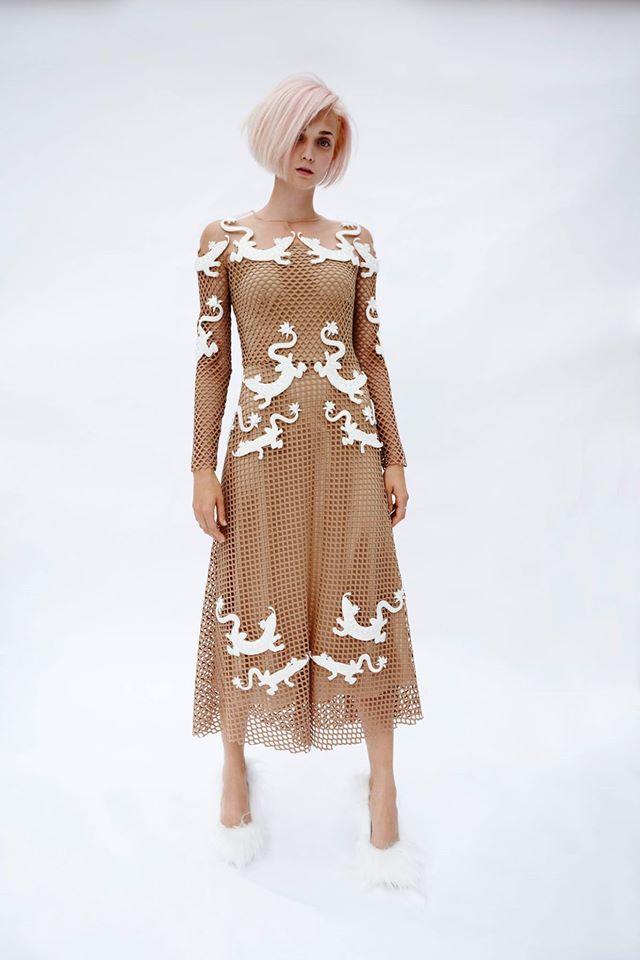 Платье тюлевое с вышивкой