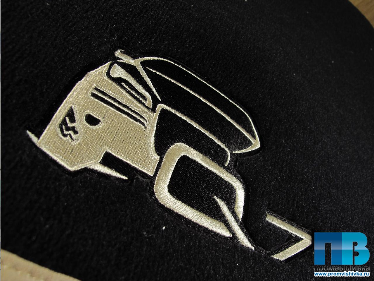 Автомобильные коврики вышивка