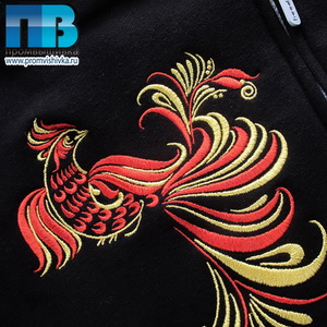 Жар-птица: вышивка на черном фоне